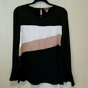 EUC Vince Camuto Bell-Sleeve Top Sz. MED